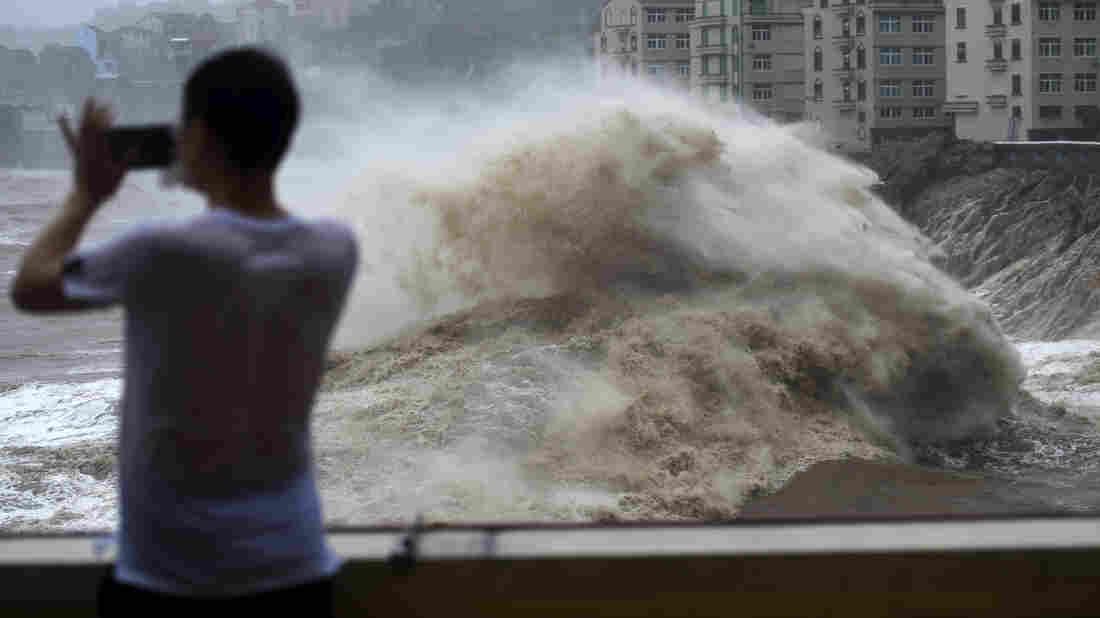 Westlake Legal Group ap_19222269280432_wide-a725a3cbac453653774cefba5c703e097ad507ee-s1100-c15 Typhoon Lekima Makes Landfall In China, Killing Dozens