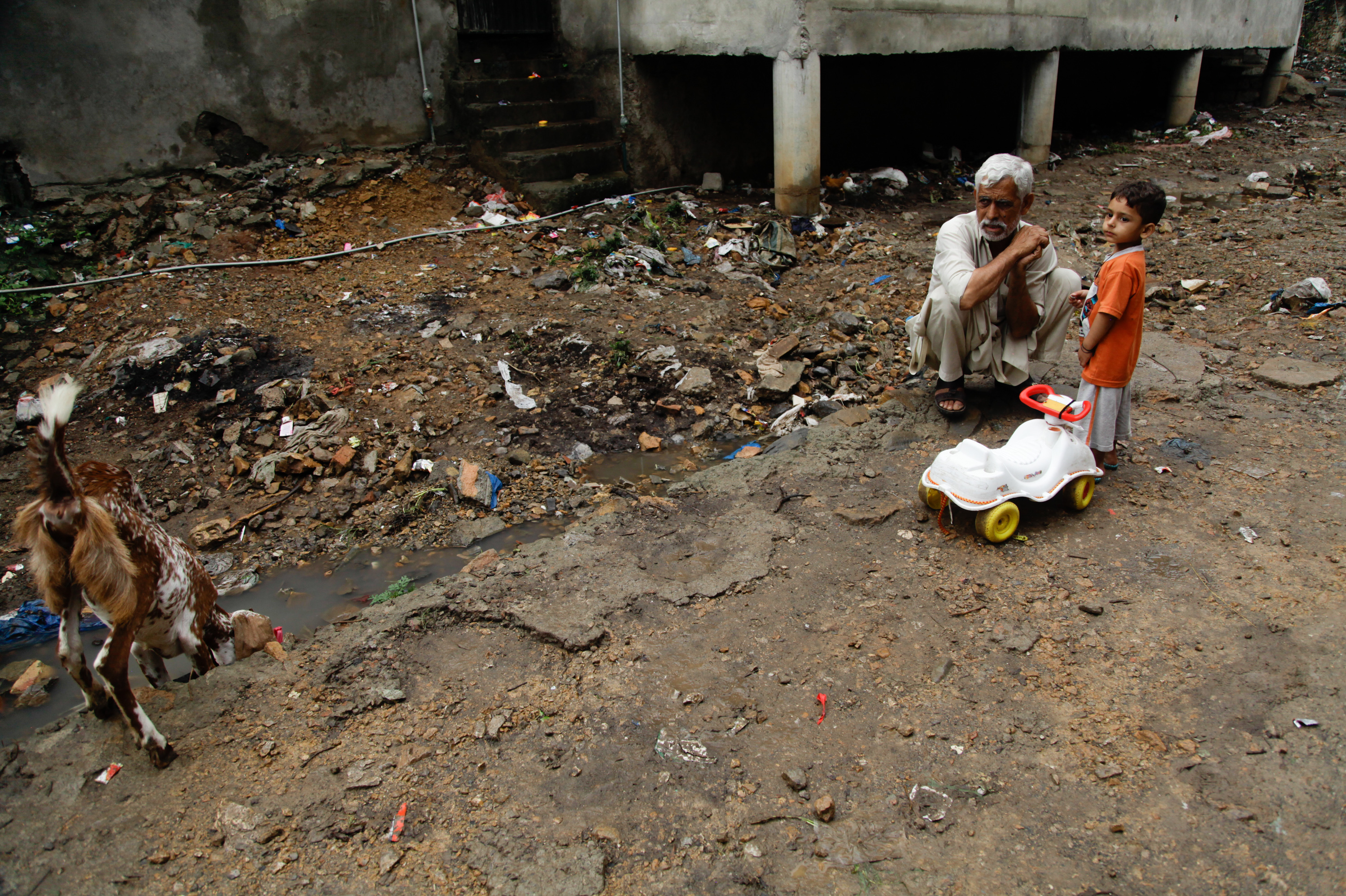 How Bad Is Pakistan's Plastic Bag Problem? See For Yourself