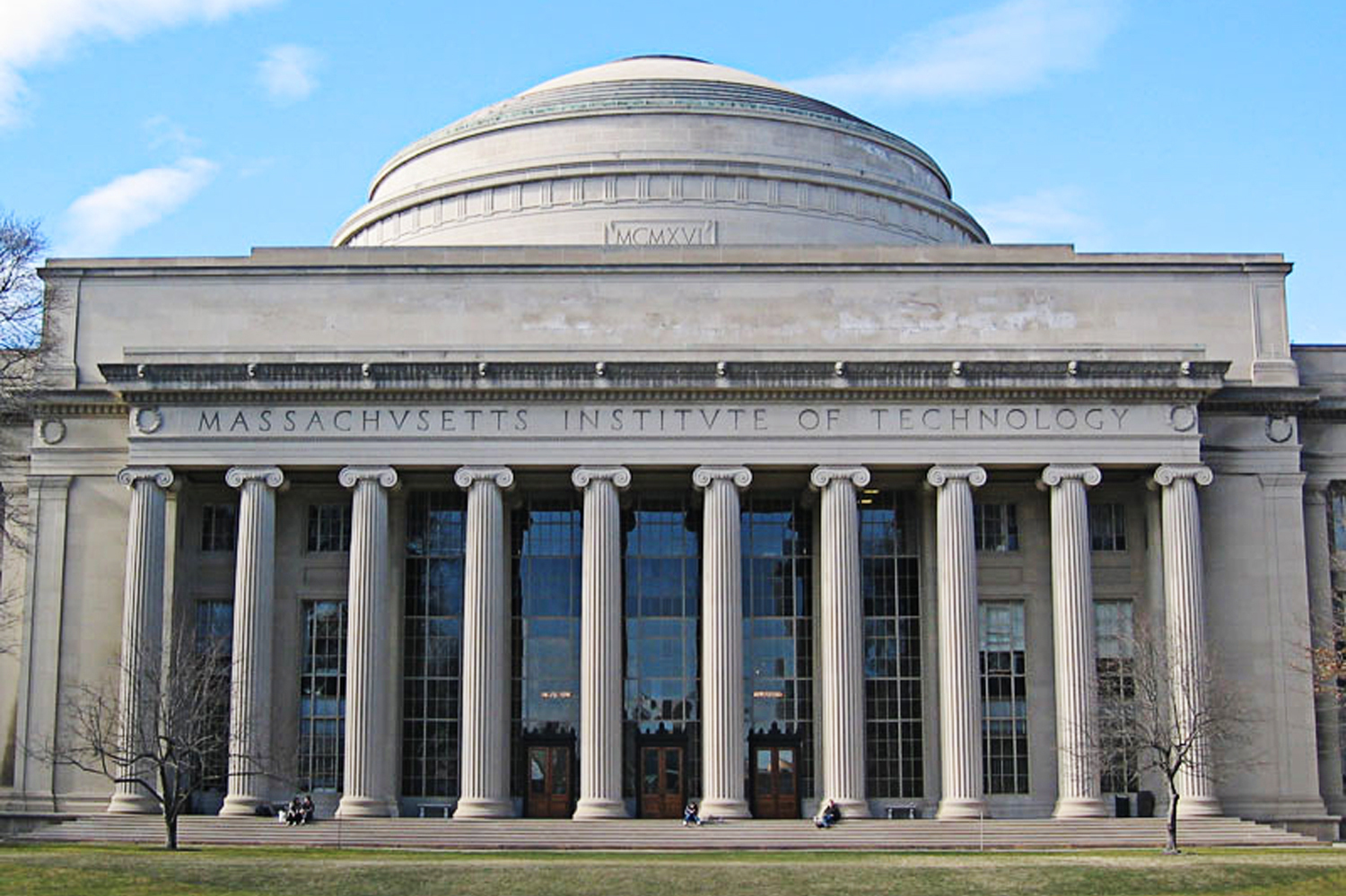 MIT Accused Of Costing Workers Millions In Cozy Deal With Financial Giant Fidelity