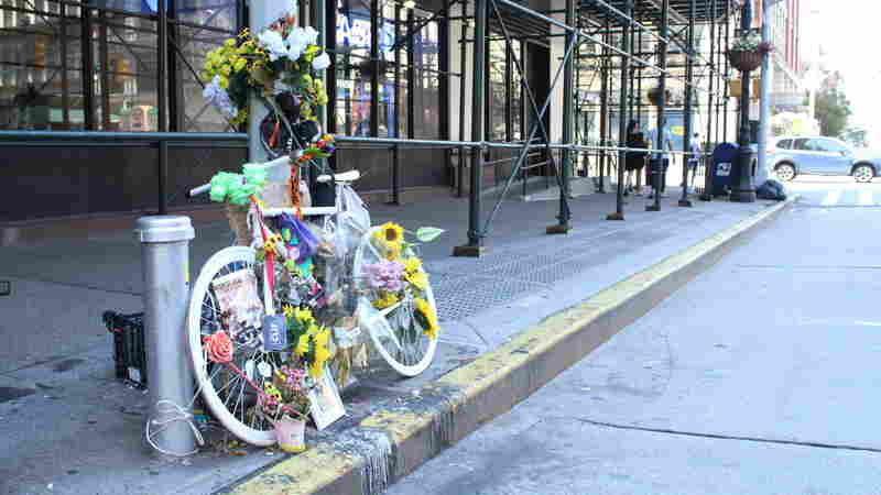 In NYC, Cycling Deaths Increase But Gears Turn Slowly On Safety Measures
