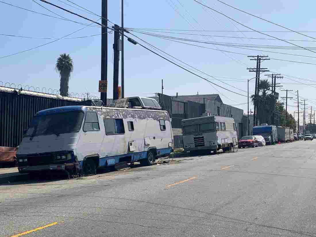 Westlake Legal Group homeless-rvs-a9caed3747d717d5edc9bc4c51e5a0dff2a619c7-s1100-c15 Amid Homelessness Crisis, Los Angeles Restricts Living In Vehicles