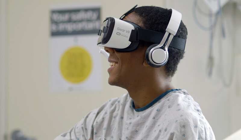 Pain eased by virtual swim with dolphins