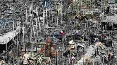Thousands Left Homeless In Bangladeshi Capital After Fire Burns Hundreds Of Shanties