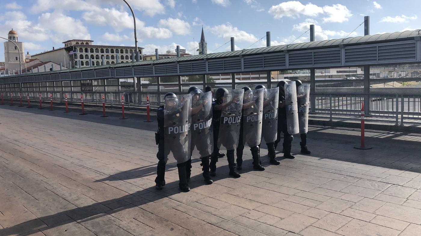 Criminals Target Migrants In Mexico Seeking U.S. Asylum