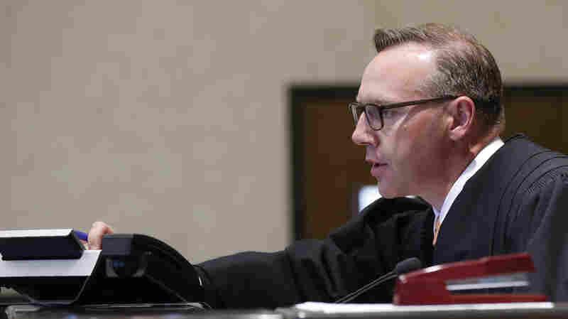Oklahoma Judge To Rule In Landmark Opioid Case