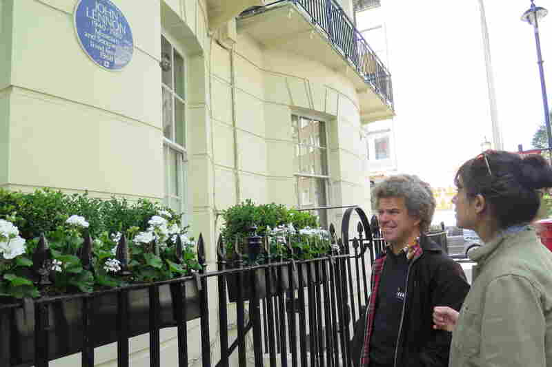 World Cafe Host Talia Schlanger with Beatles Tour Guide Richard Porter outside the property at 34 Montagu Square in Marylebone where John Lennon and Yoko Ono lived in 1968.