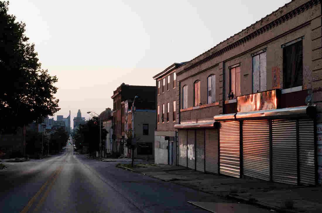 Westlake Legal Group shakira_franklin-1_custom-db0de383beca29c27a7a337c105a96b138a26d2f-s1100-c15 As Rising Heat Bakes U.S. Cities, The Poor Often Feel It Most