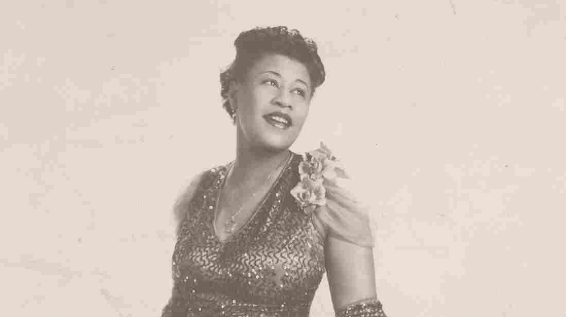 Westlake Legal Group 5ella-fitzgerald_wide-e947f4f465af86d9e7f2cc3f0d260a56d5cd184e-s1100-c15 The World Of Ella Fitzgerald: A Turning The Tables Playlist