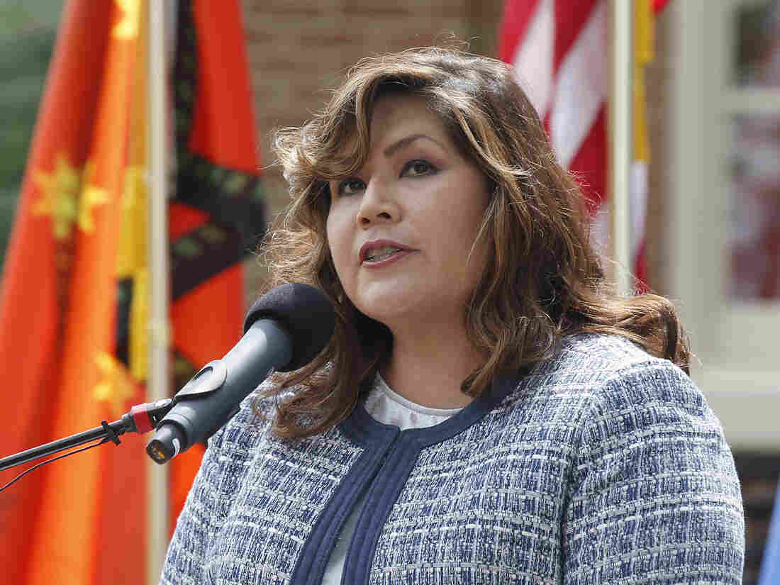 Westlake Legal Group ap-teehee-7d31cff4c8aa0d9bcc23ca96a2ab85c89aec2ad0-s1100-c15 Cherokee Nation Names First Delegate To Congress