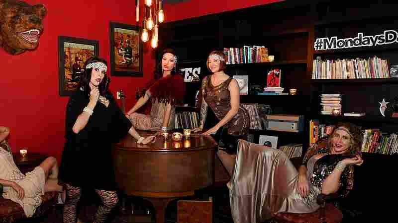 'Mondays Dark': A Las Vegas Show For And About The Local Community