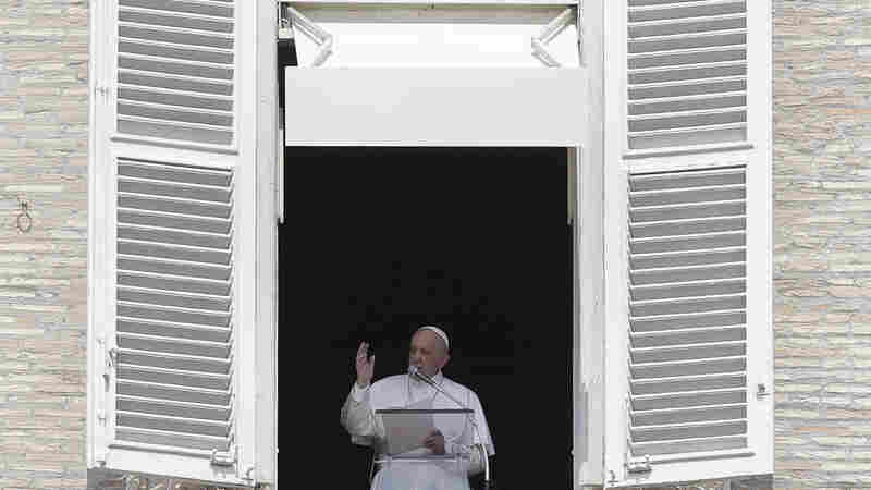 The Pope Walks Into An Elevator. He Gets Stuck For 25 Minutes.