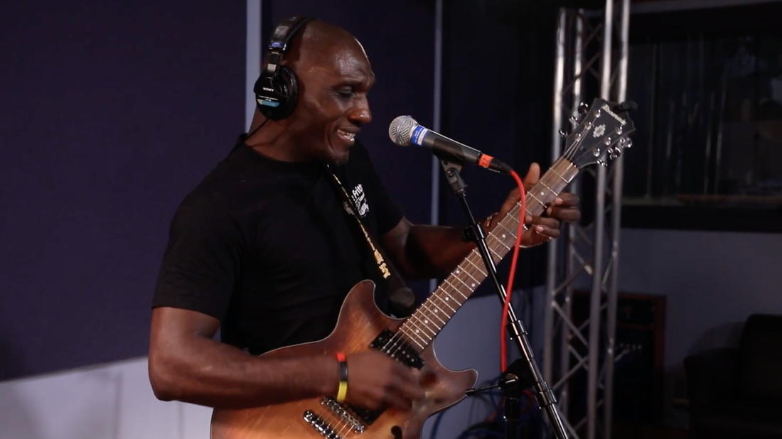 A Hill Country Blues Riff Lesson From Cedric Burnside