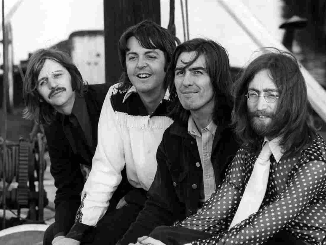Westlake Legal Group rs286_ar_press02-the-beatles-twickenham-april-9-1969-photo-by-bruce-mcbroom-apple-corps-ltd.-21979895e7ff02ce27d5fa3b2743b8a49634a307-s1100-c15 Hear An Early Outtake Of The Beatles' 'Oh! Darling'