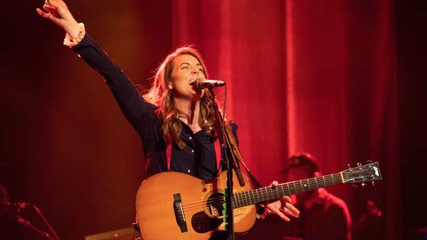 Watch Brandi Carlile perform at the 2019 Americana Honors & Awards ceremony.