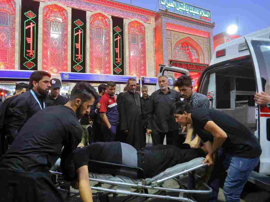Westlake Legal Group ap_19253613616458-3578fcd09e9bdccd0ec6cfdf202886b6b430e220-s1100-c15 Mass Stampede At Iraqi Shia Shrine Kills More Than 30 Pilgrims