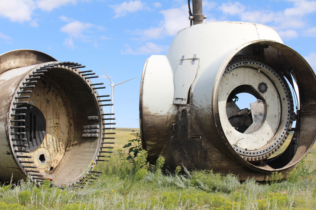 Disposing Of The Turbines  : NPR, Alternative Energy Today