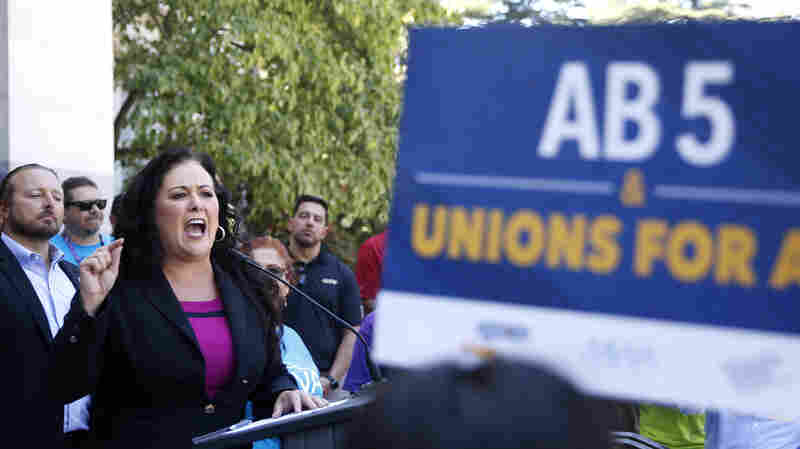 California Lawmakers Advance Bill To Redefine And Protect Gig Economy Workers