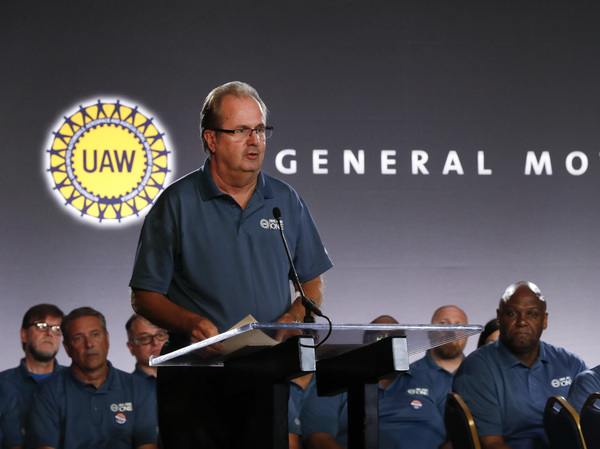 United Auto Workers President Gary Jones speaks during the opening of contract talks with General Motors in Detroit in July.