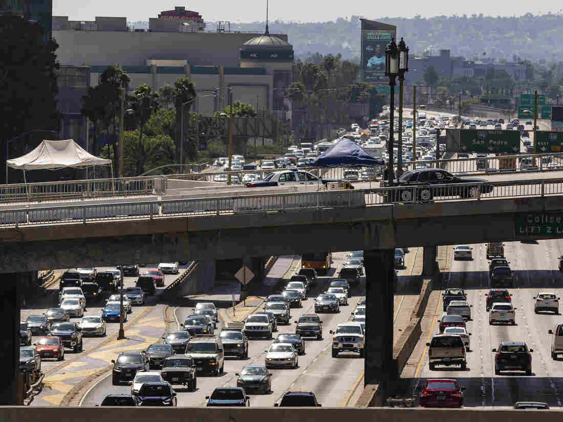 EPA officially moves to revoke California's authority to set own fuel standards