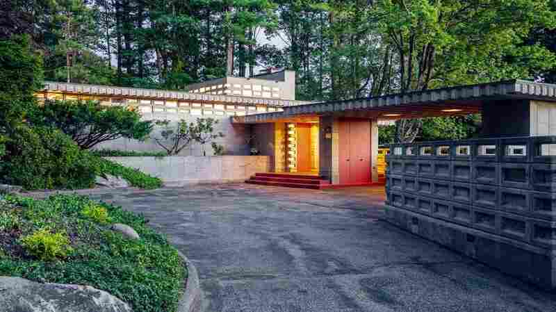 Frank Lloyd Wright, But DIY: A Rare 'Usonian Automatic' House Is For Sale