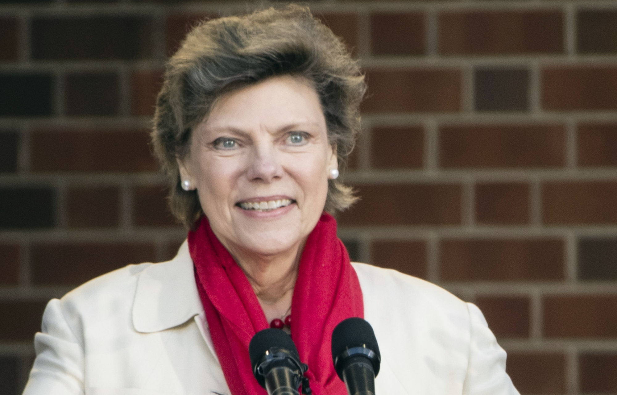 'She Touched Their Lives': Friends, Family Gather To Remember Cokie Roberts