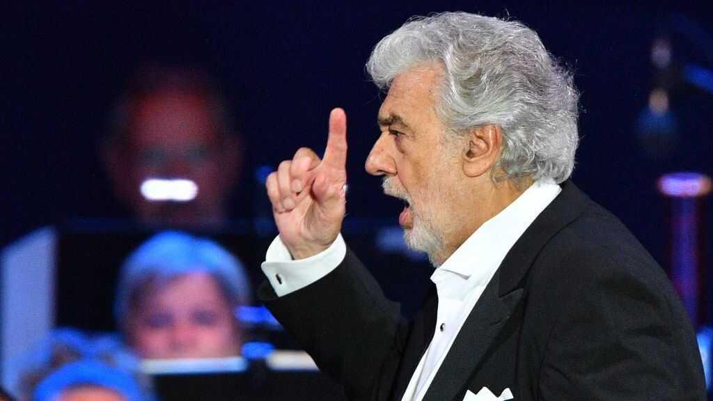 Met Opera Chief: 20 Women's Accusations Against Plácido Domingo 'Not Corroborated'