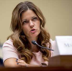 If E-Cigs Were Romaine Lettuce, They'd Be Off The Shelf, Vaper's Mom Tells Congress