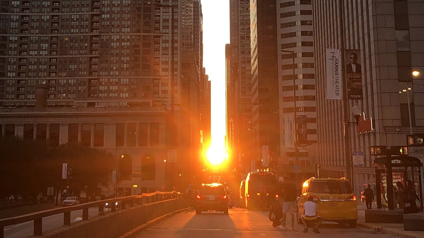 The Solar Spectacle That Is 'Chicagohenge'