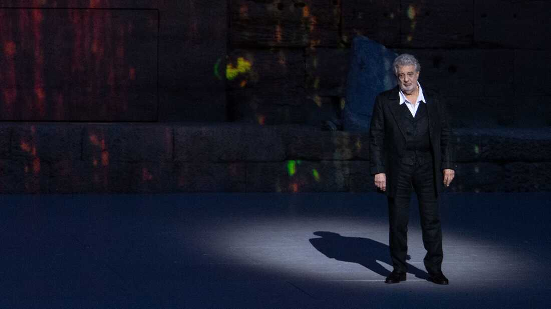 Plácido Domingo Out At Metropolitan Opera Following Sexual Misconduct Allegations