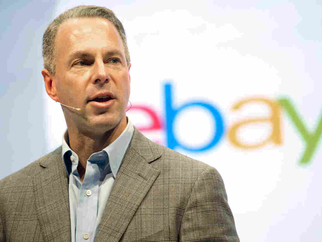 EBay CEO clashes with board, steps down