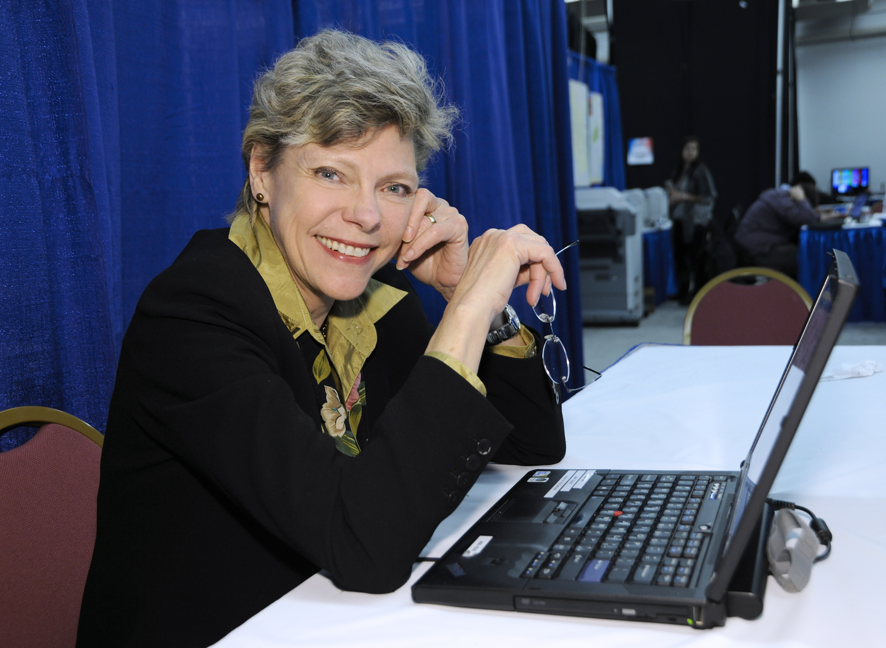 Family, Friends And Colleagues Remember Pioneering Journalist Cokie Roberts