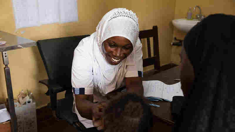 A Gambian Nurse Fights Pain Without Pills