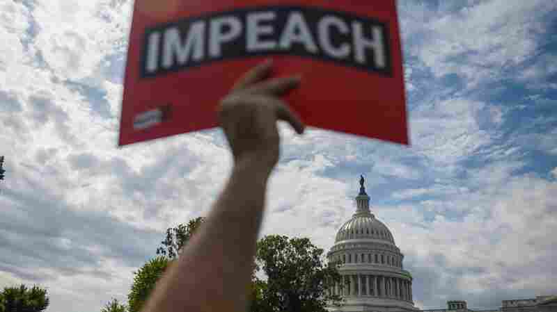 Poll: Americans Split on House Impeachment Inquiry