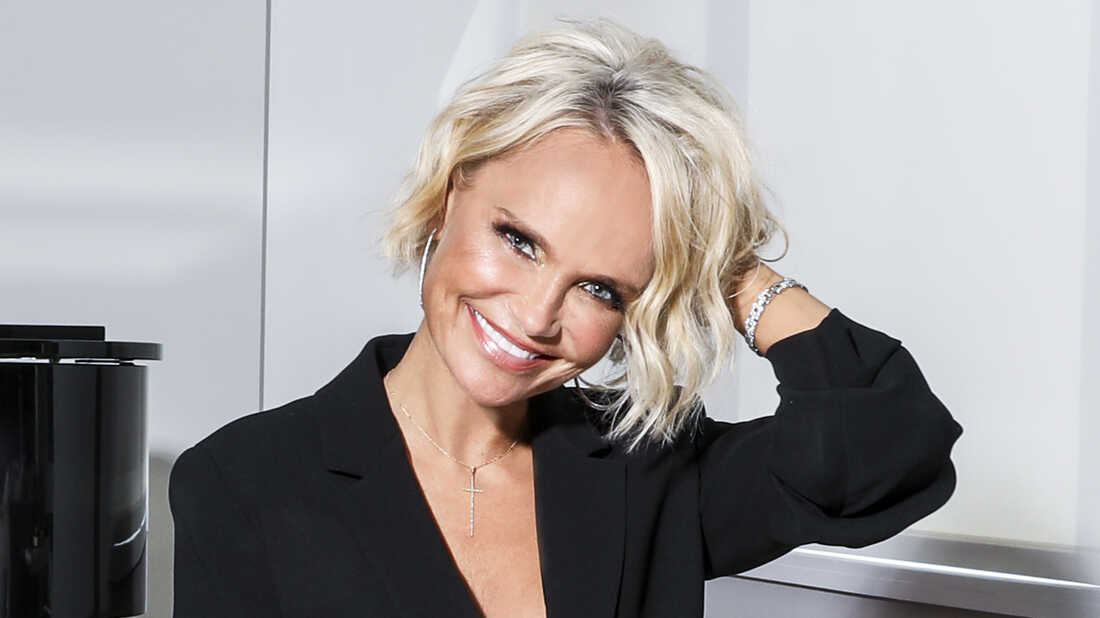 Kristin Chenoweth Is Doing It 'For The Girls'