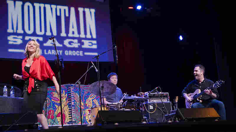 Charlie Hunter & Lucy Woodward On Mountain Stage
