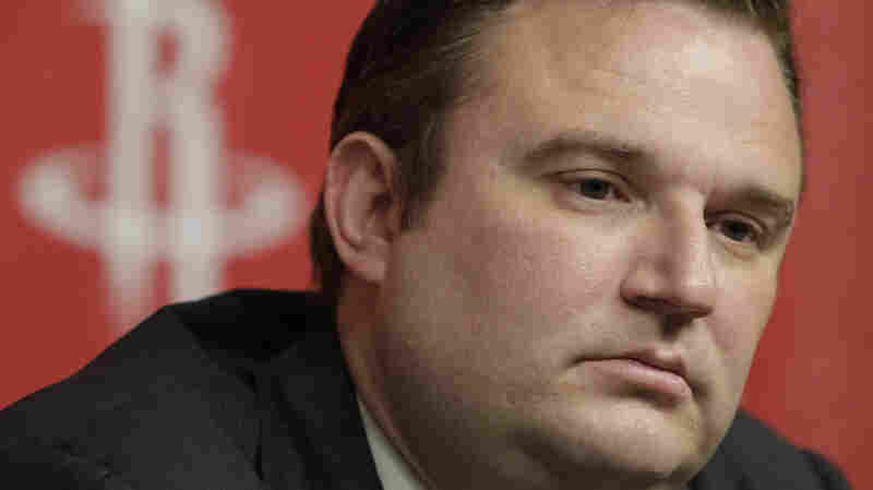 Houston Rockets GM Apologizes For Tweet Supporting Hong Kong Protesters