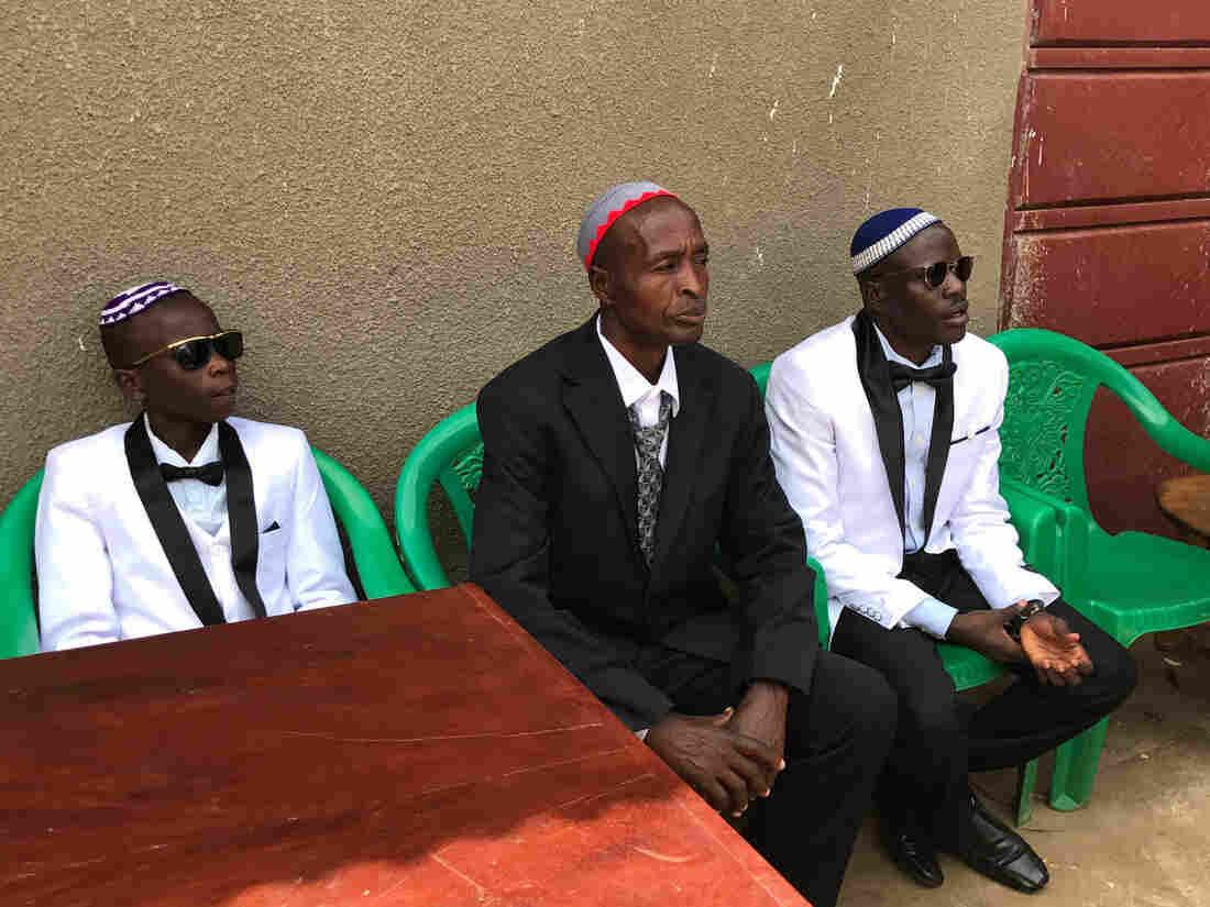 Westlake Legal Group yomkippur-f28f2291e9930bb59939d73f6032ec08725d228d-s1100-c15 Yom Kippur In Uganda: An Easier Fast This Year