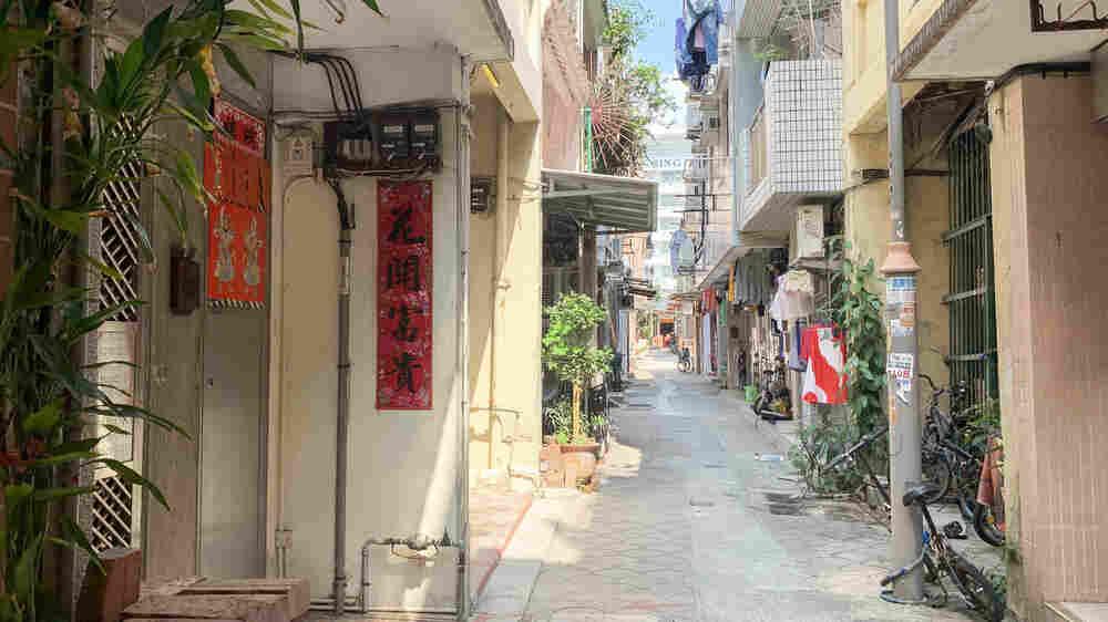 Hong Kong's 'Indigenous' Villages Mirror Tensions Of An Increasingly Divided City