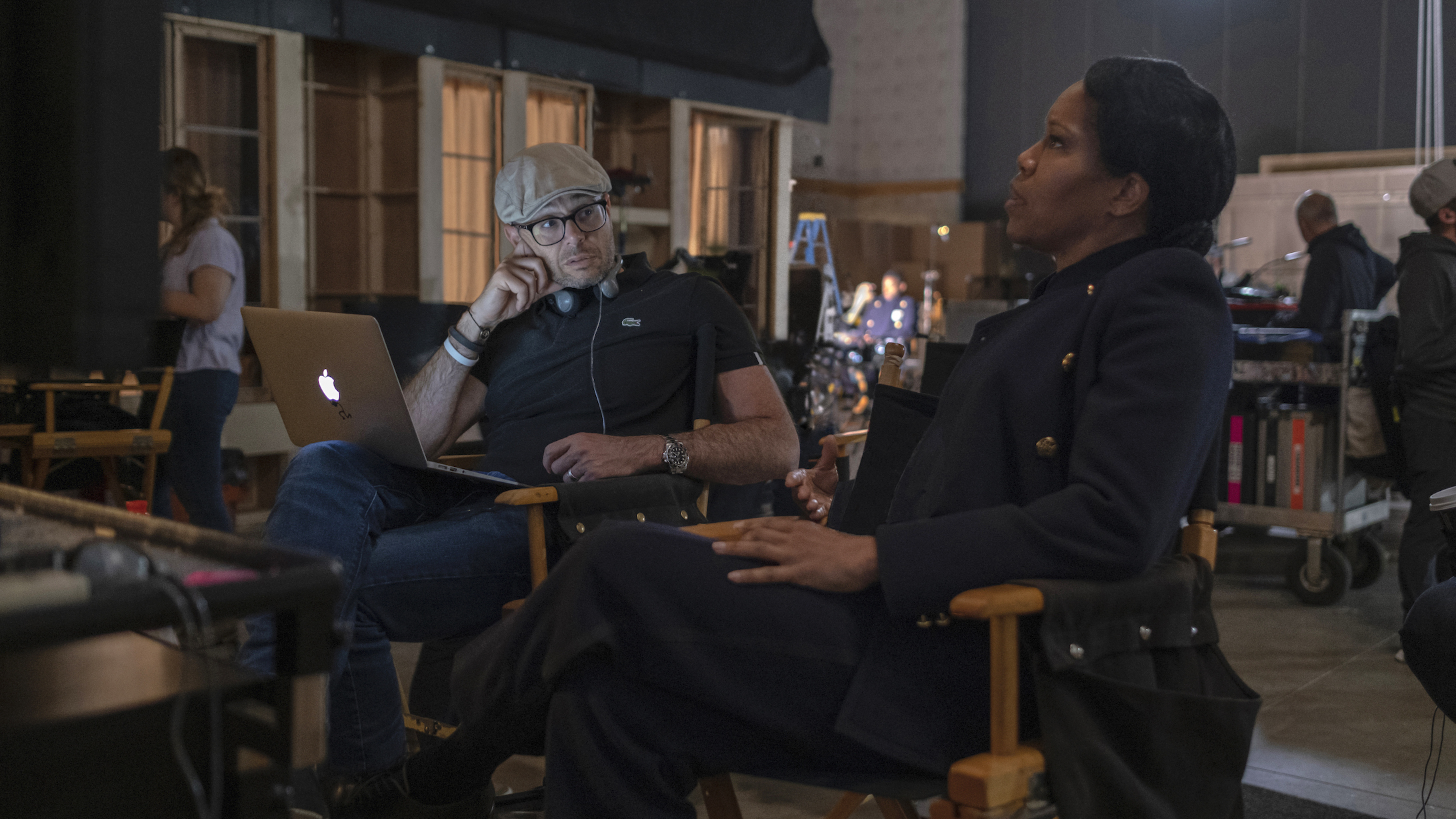 'Watchmen' Creator Damon Lindelof: Not Talking About Race Felt 'Irresponsible'