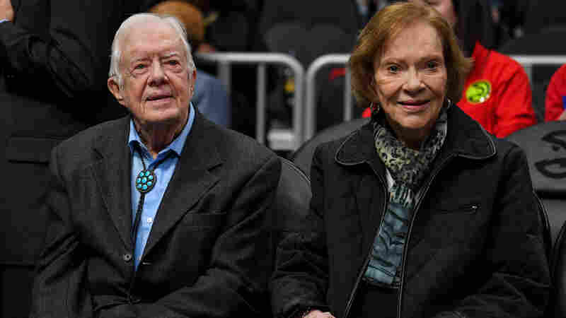 Jimmy Carter Fractures Pelvis, Is Hospitalized After Fall