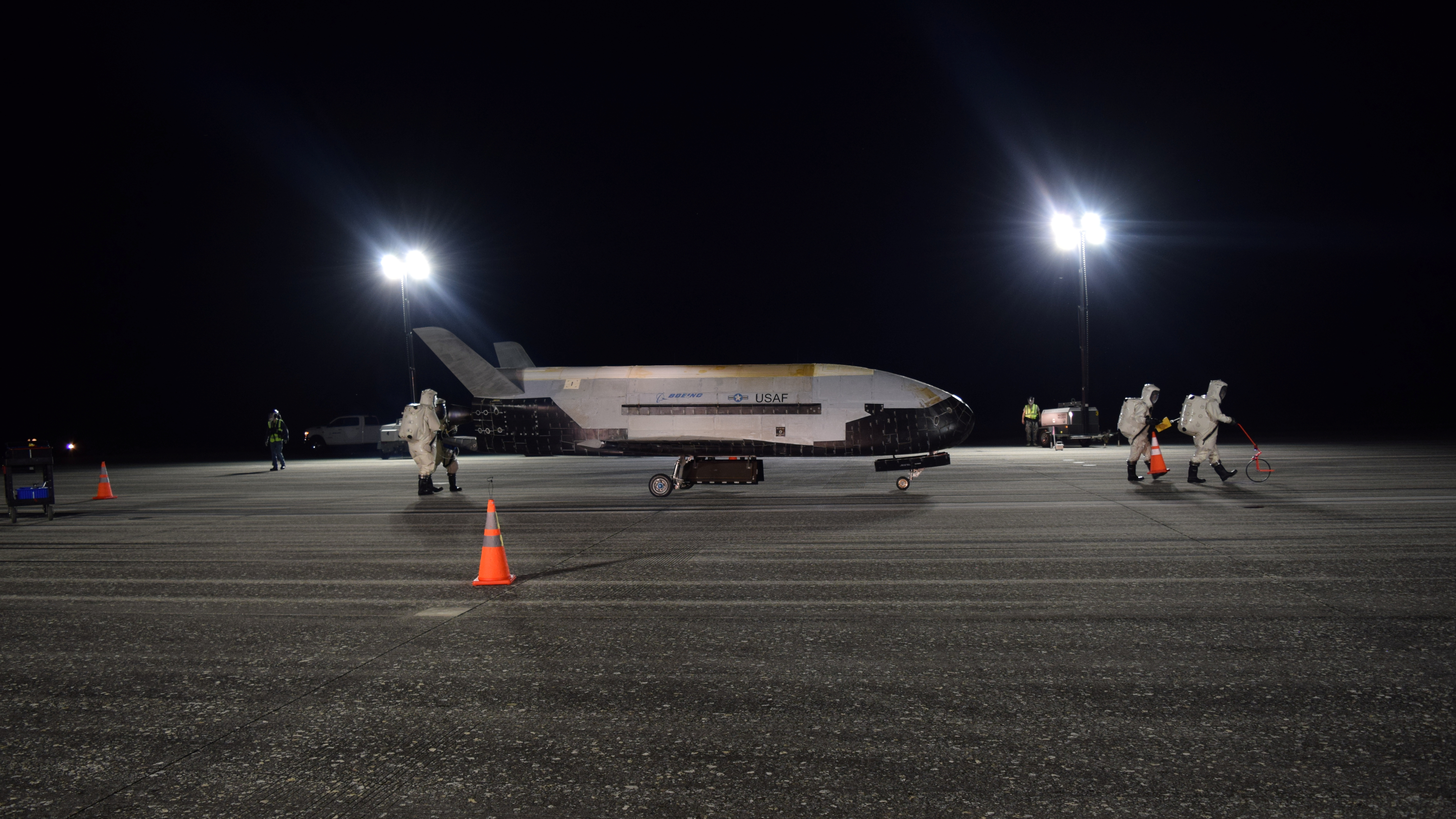Mysterious X-37B space plane lands after record 780 days in orbit
