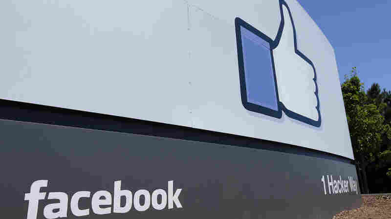 Facebook Pays $643,000 Fine For Role In Cambridge Analytica Scandal
