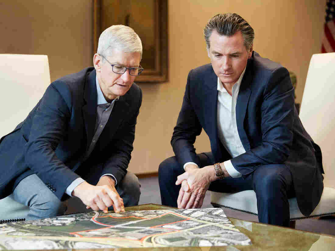 Real Estate - Apple commits $2.5B for housing
