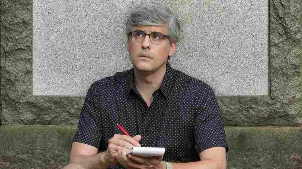 In 'Mobituaries,' Mo Rocca Gives People The Second Send-Offs They Deserved