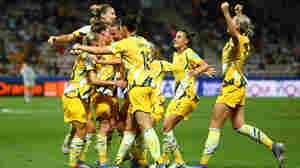 Under New Deal, Australian Women's And Men's Soccer Will Get Equal Share Of Revenue