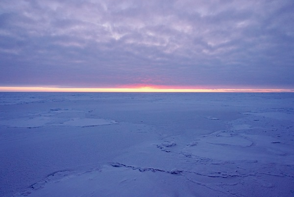 The primary questions MOSAiC is asking: what are the causes and consequences of diminishing Arctic sea ice?