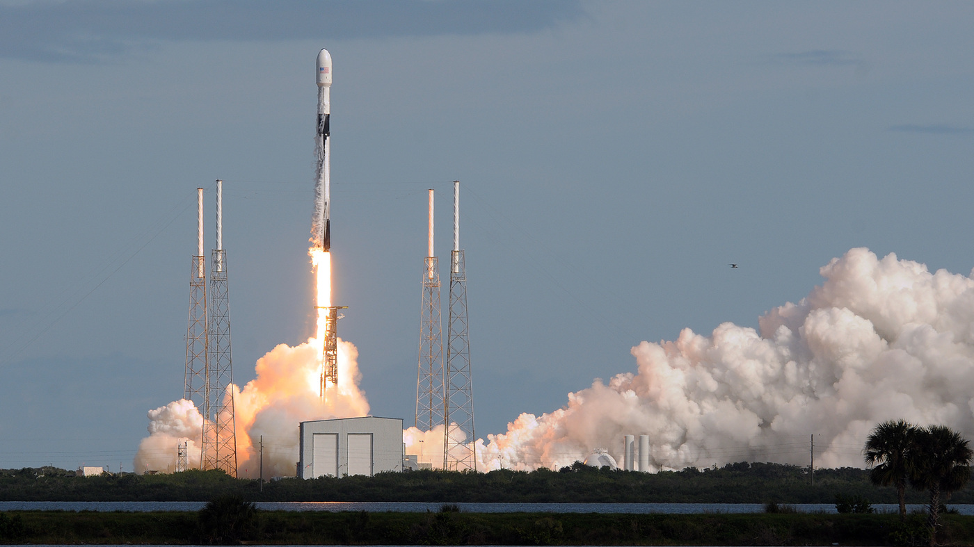SpaceX's Satellite Swarm: Could It Hurt Astronomy?