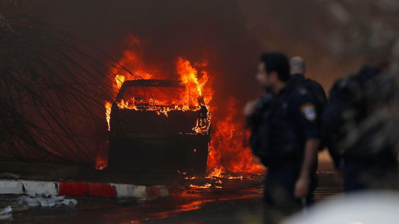 Rockets Rain On Gaza And Israel After Airstrike Kills Militant Leader