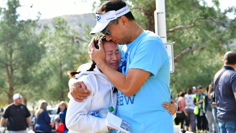 Santa Clarita, California, high school shooting kills 2, injures 4