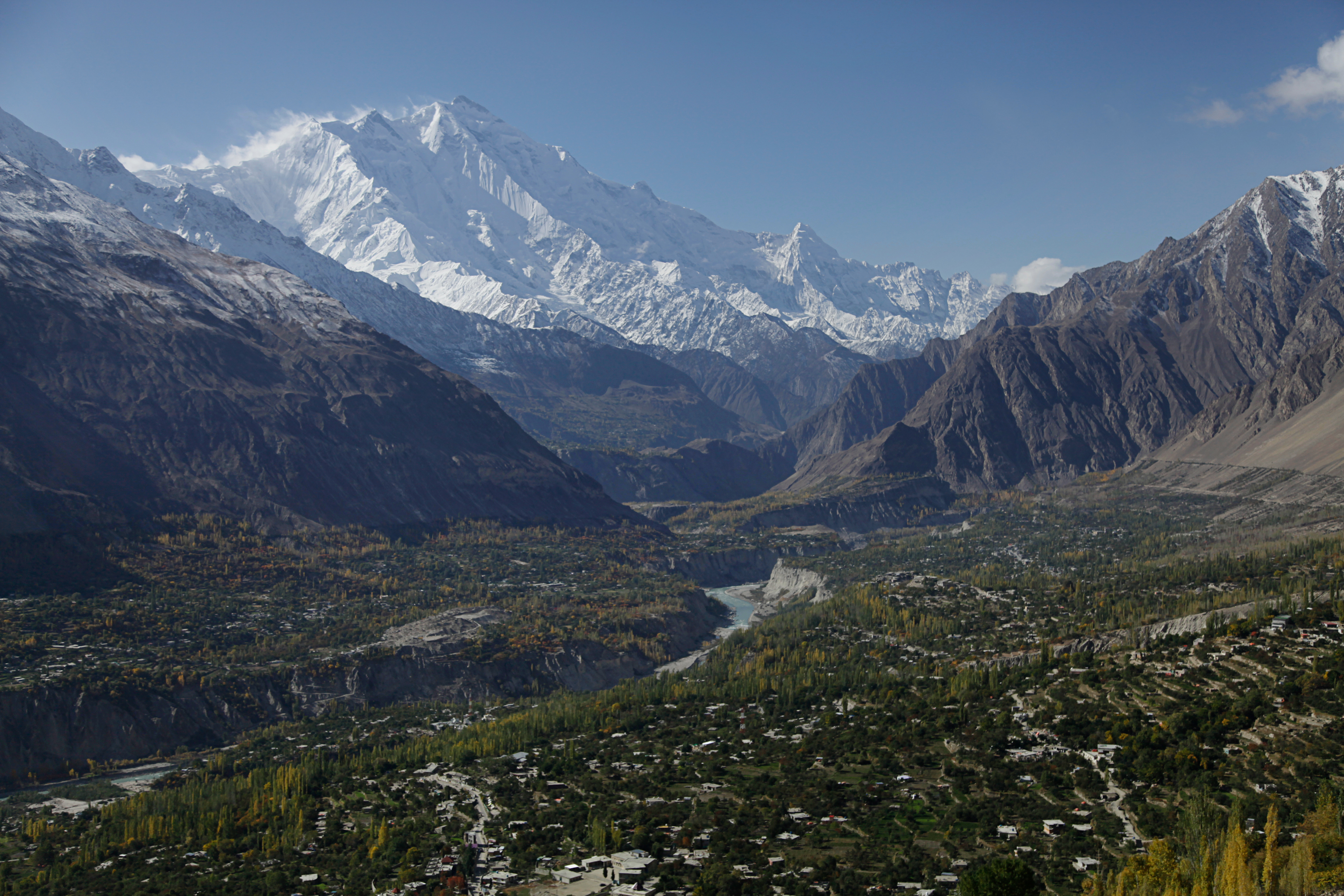 'Maybe It Will Destroy Everything': Pakistan's Melting Glaciers Cause Alarm